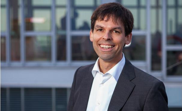 PM-2015-10-12 BerndSchönwälder Vorstand